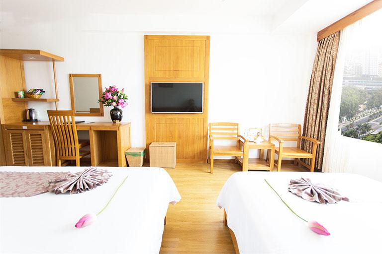 Khách sạn Hoàng Yến Quy Nhơn
