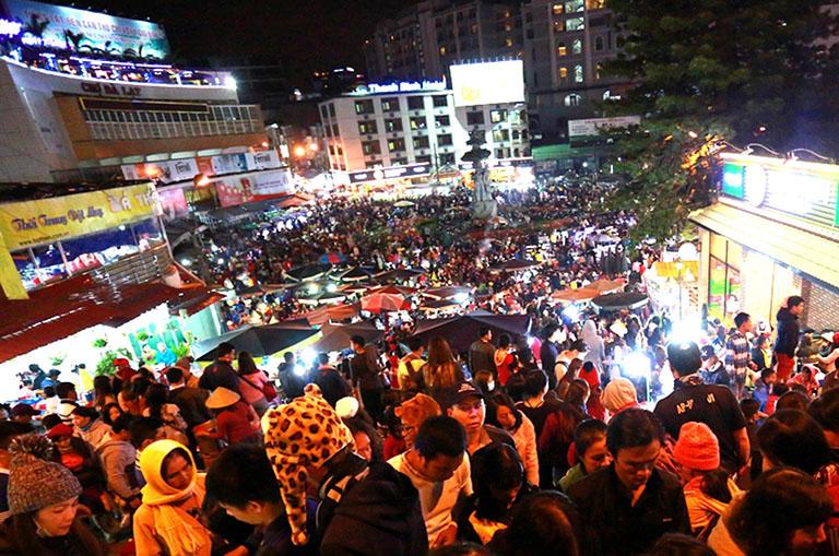 Chợ Đà Lạt và Chợ đêm Đà Lạt (Chợ Âm Phủ)