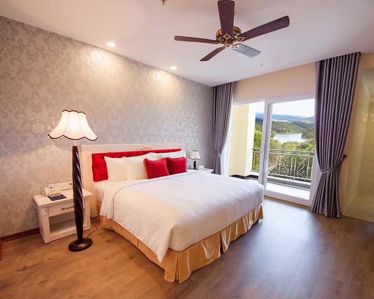 Khách sạn gần thung lũng Tình Yêu