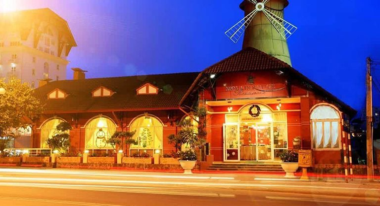 Nhà hàng gần chợ đêm Đà Lạt