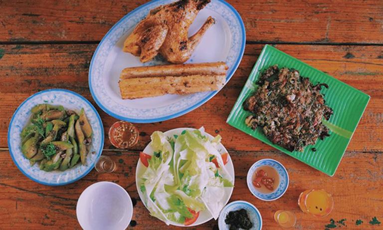 ăn sáng gần Hồ Tuyền Lâm