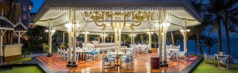Nhà hàng gần Bãi Khem Phú Quốc