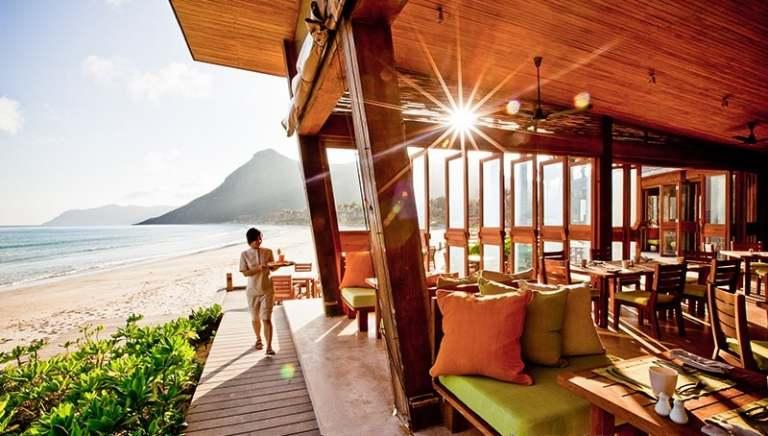 Khách sạn Côn Đảo gần biển