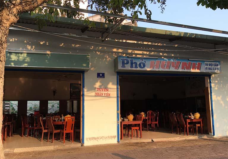 Bữa trưa tại Vũng Tàu là món phở Huỳnh đậm vị miền Bắc
