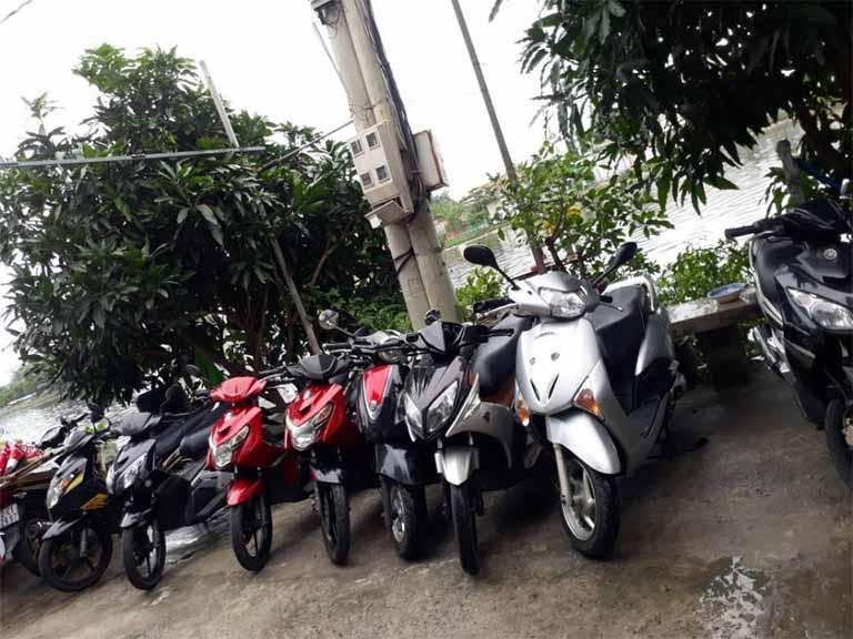 Bạn sẽ nhận được sự tư vấn nhiệt tình từ đội ngũ cửa hàng Minh Đức khi thuê xe máy tại đây