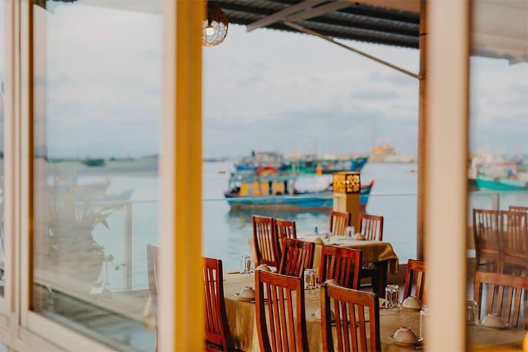 Nhà hàng hải sản Lâm Đường không chỉ có không gian thơ mộng mà còn phục vụ cho thực khách những món ăn thơm ngon