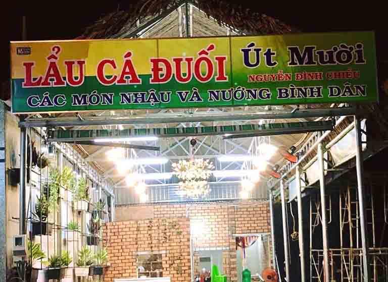 Út Mười là quán lẩu nổi tiếng ở Vũng Tàu được nhiều thực khách lựa chọn